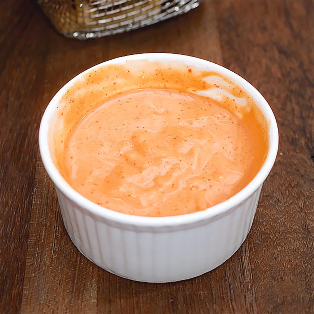 Spicy Sriracha Mayo Sauce