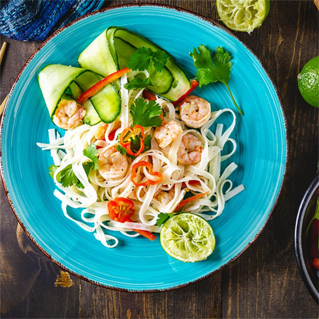 Thai Noodle Salad with Shrimp and Vegetables