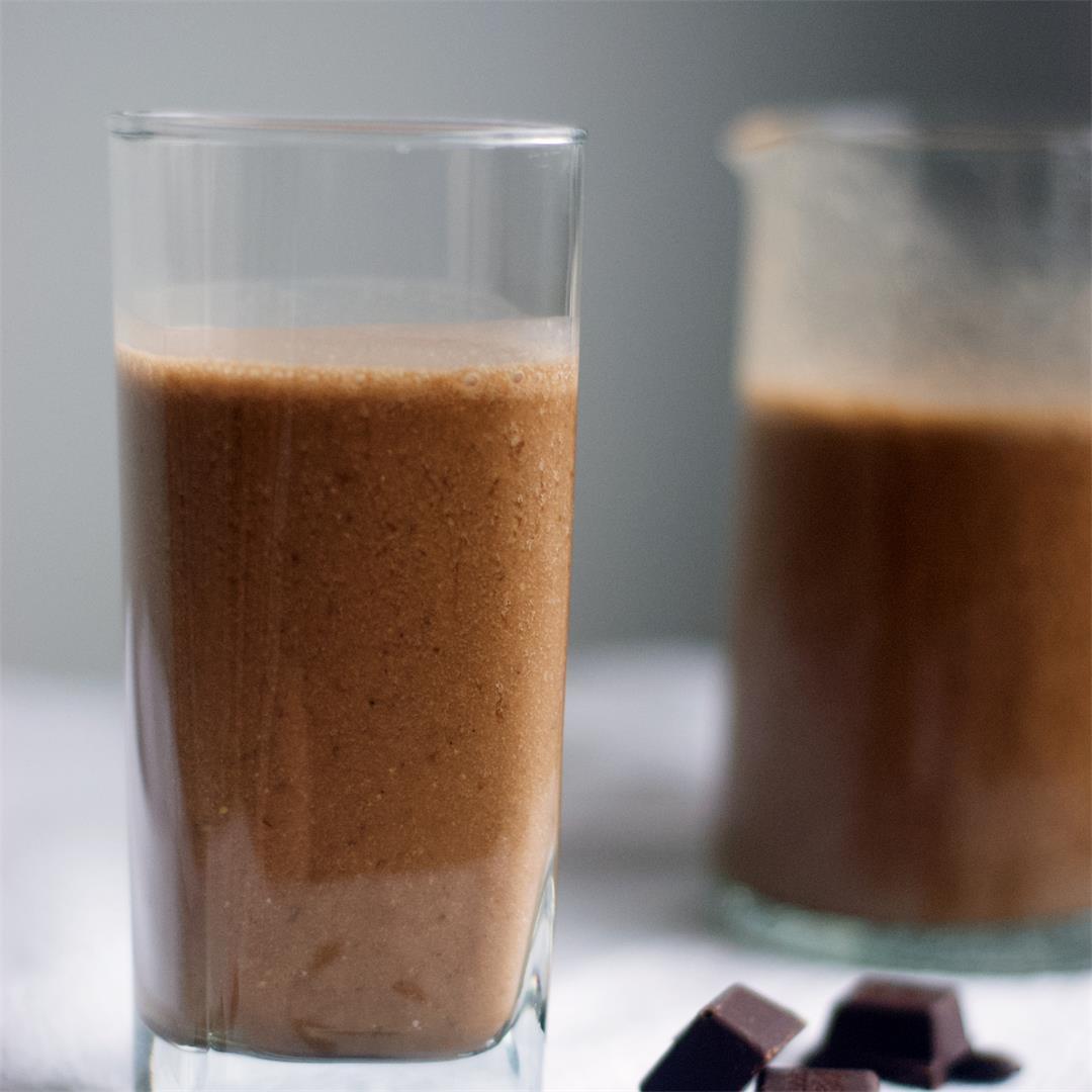Caffè Mocha Smoothie With Peanut Butter