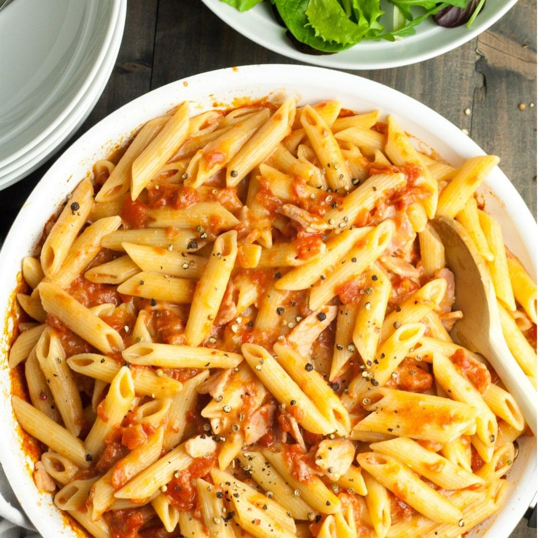 Cheesy Bacon and Tomato Pasta