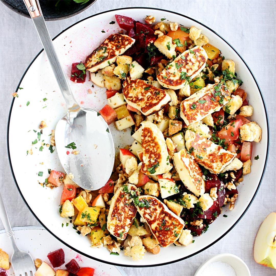 Beet Salad with Apple and Grilled Halloumi