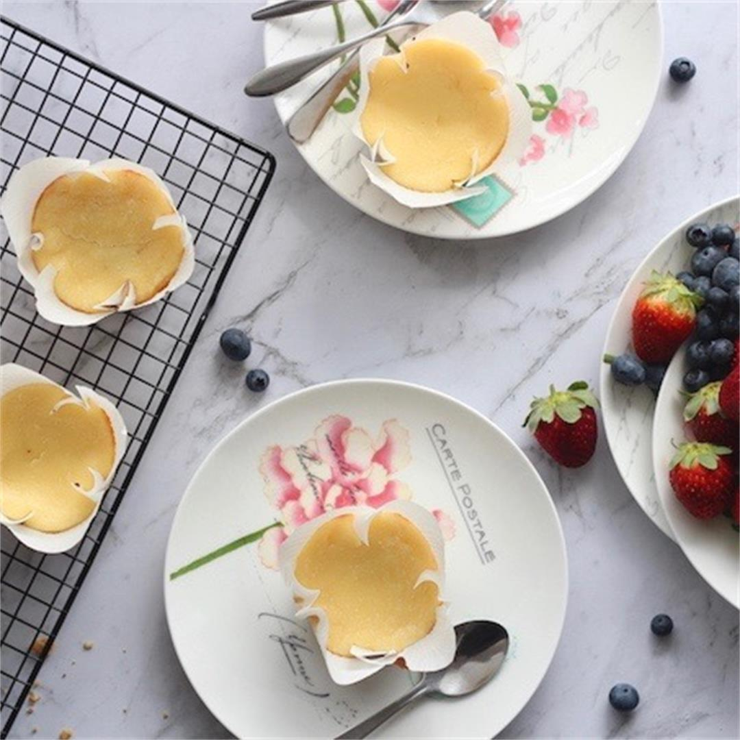 Classic Mini Baked Cheesecakes