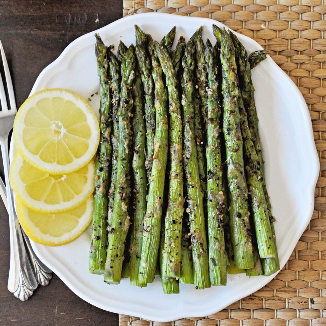 Easy Lemon Pepper Roasted Asparagus