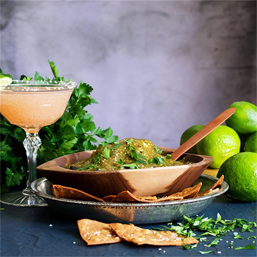 Salsa Verde {Roasted Tomatillo Sauce}