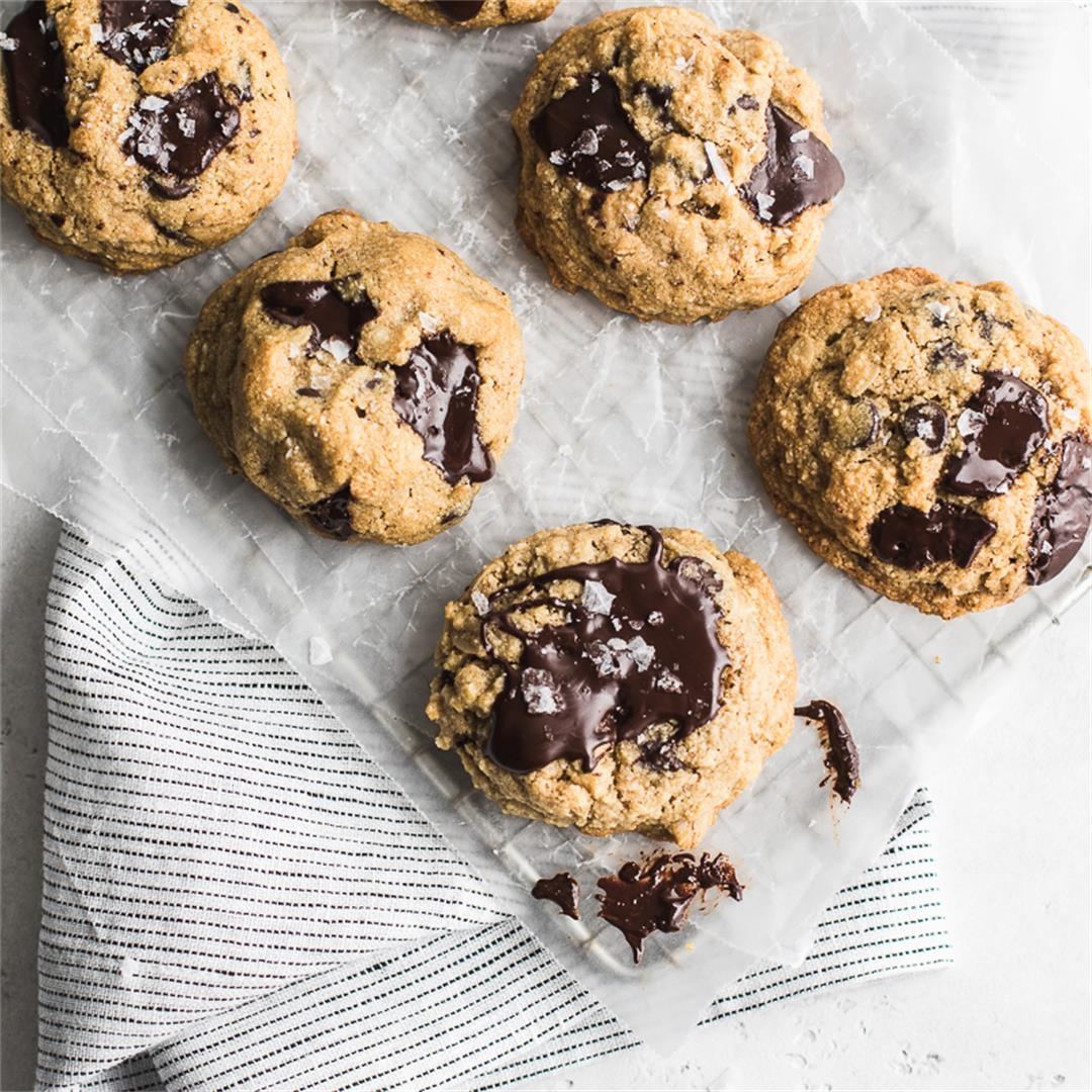 Almond Flour Chocolate Oatmeal Cookies