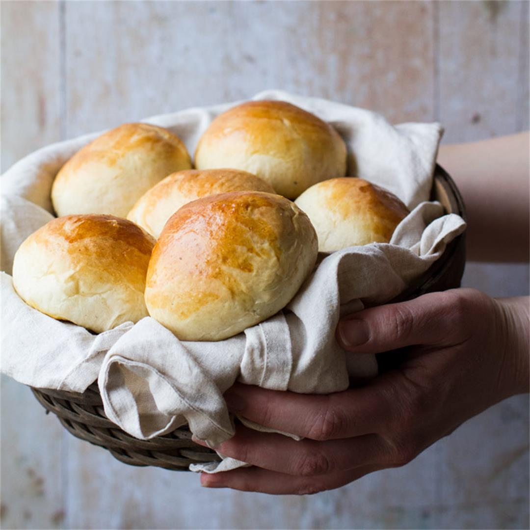 Homemade Sweet Rolls - Basic Bun Recipe