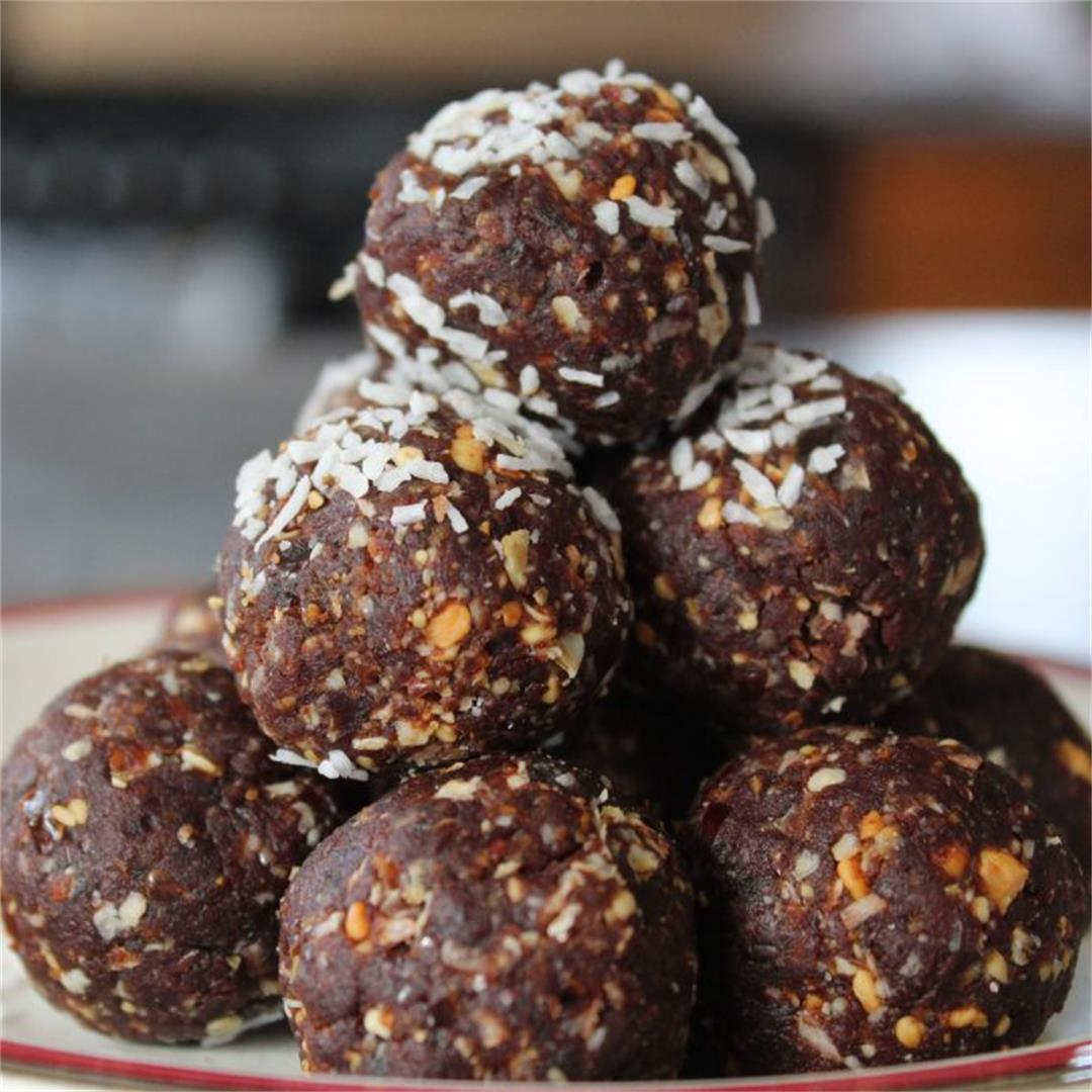 Derefine | Quick & Easy Energy Balls