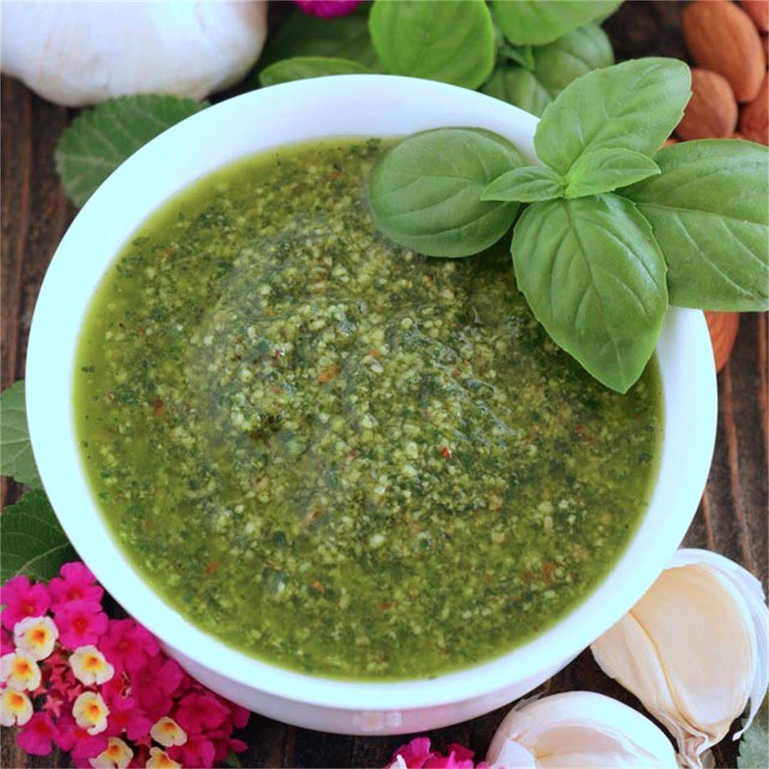 Simple Homemade Basil Pesto Sauce