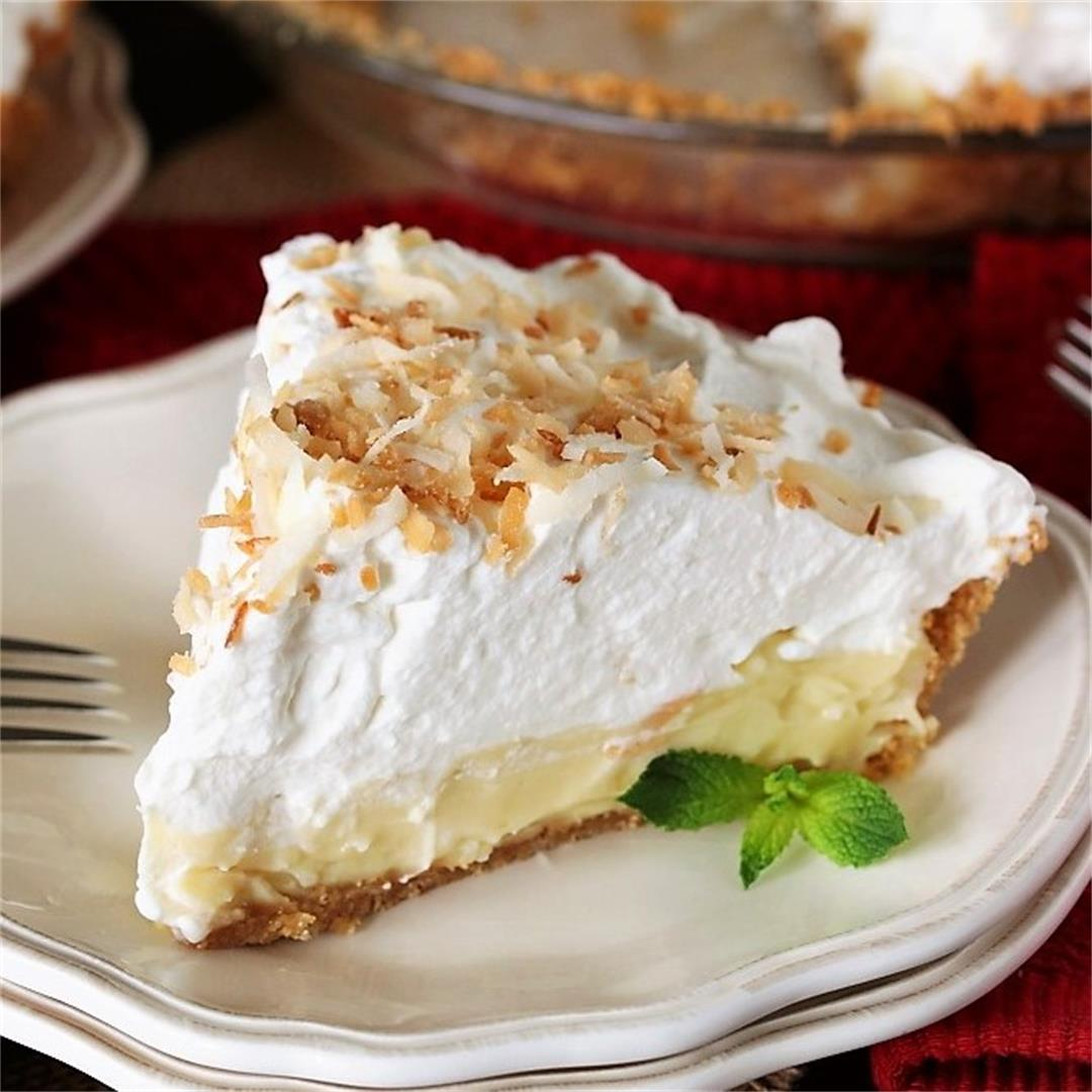 The BEST Coconut Cream Pie Recipe
