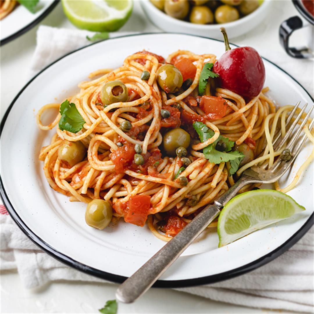 Spaghetti with Veracruz Sauce - Espagueti en Salsa Veracruzana