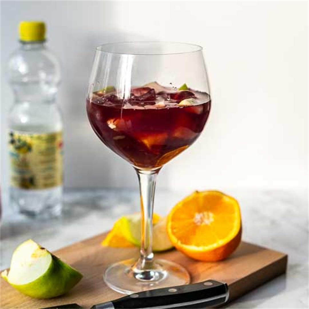Refreshing Sangria Cocktail