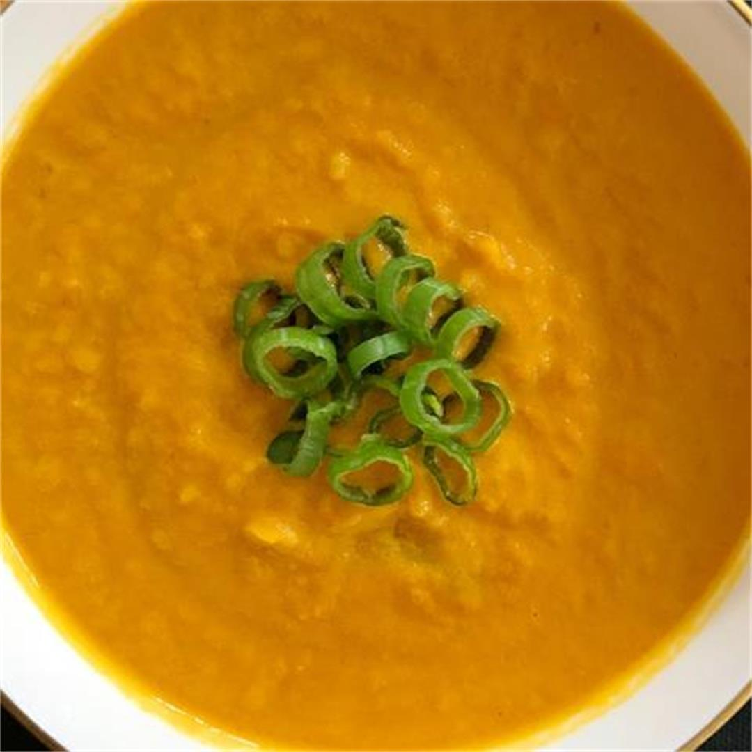 Roasted Carrot Soup with Coconut