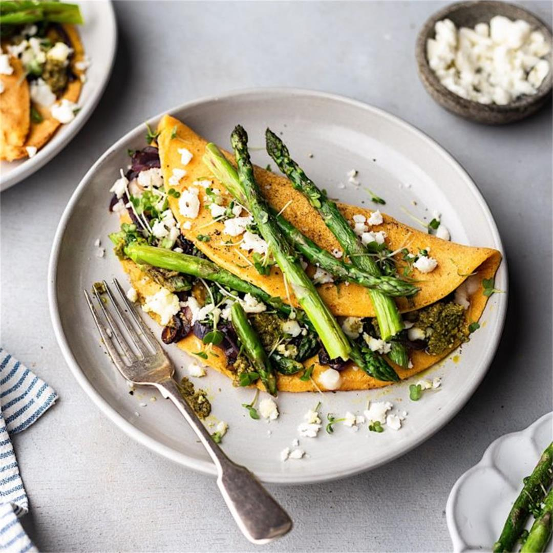 Asparagus, Pesto and Feta Omelette