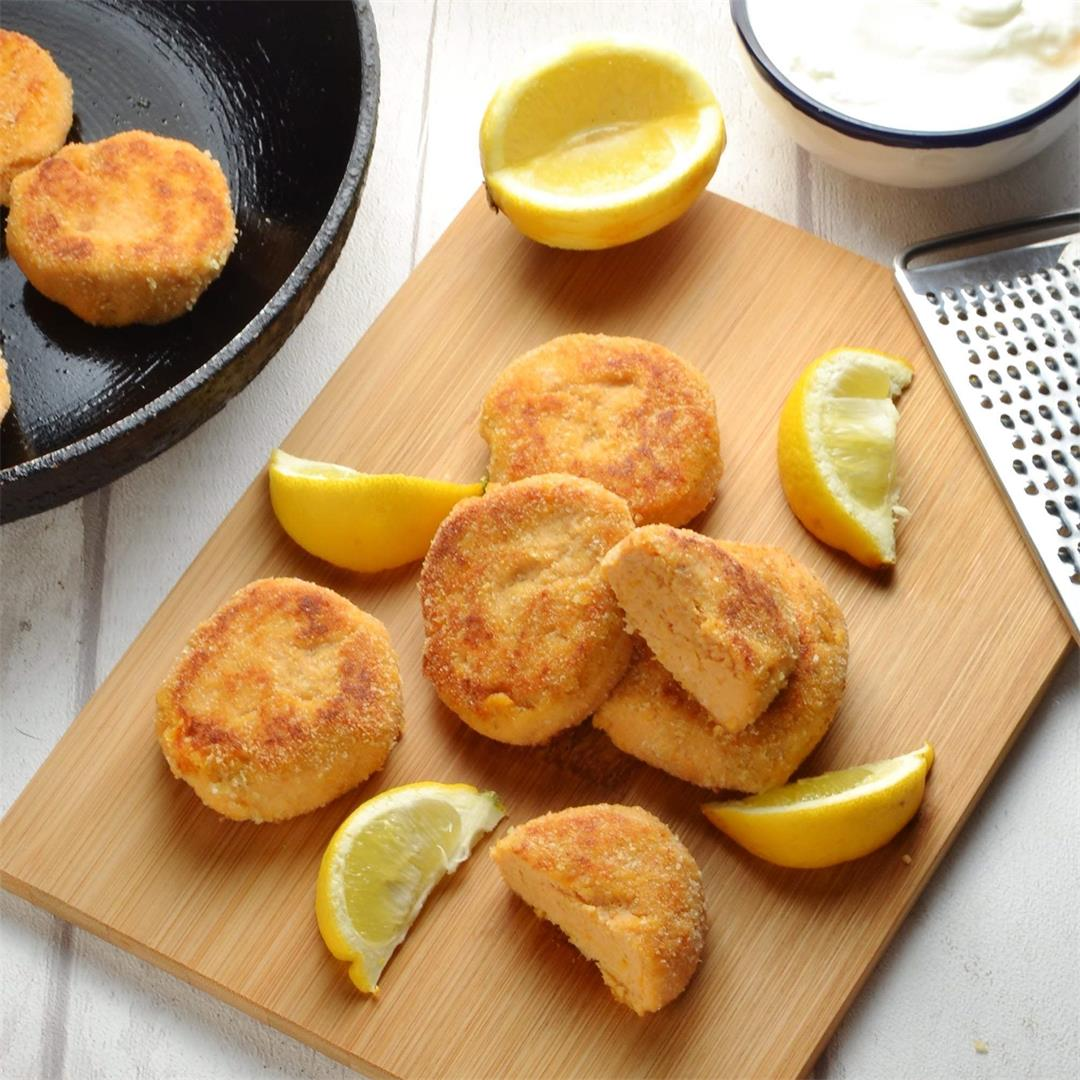 Healthy Salmon Fish Cakes with Sweet Potato