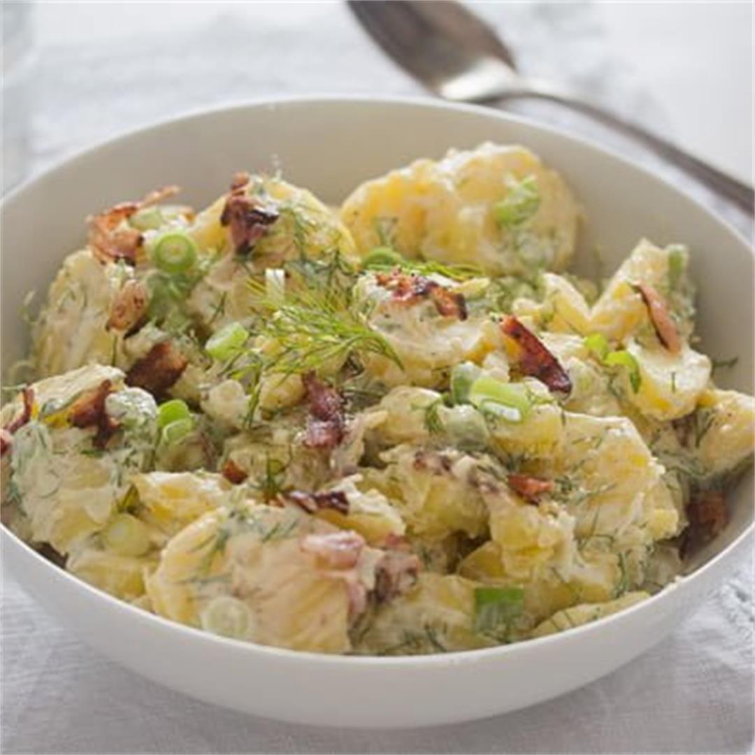 Sour Cream Potato Salad with Bacon (Potato Salad Without Mayo)