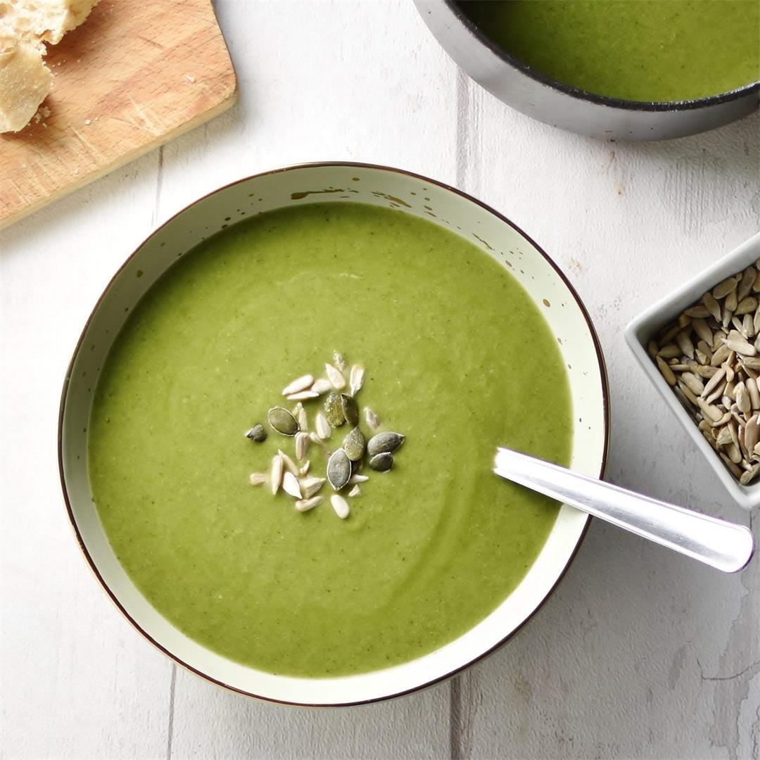 Creamy Broccoli Spinach Soup (Vegan)