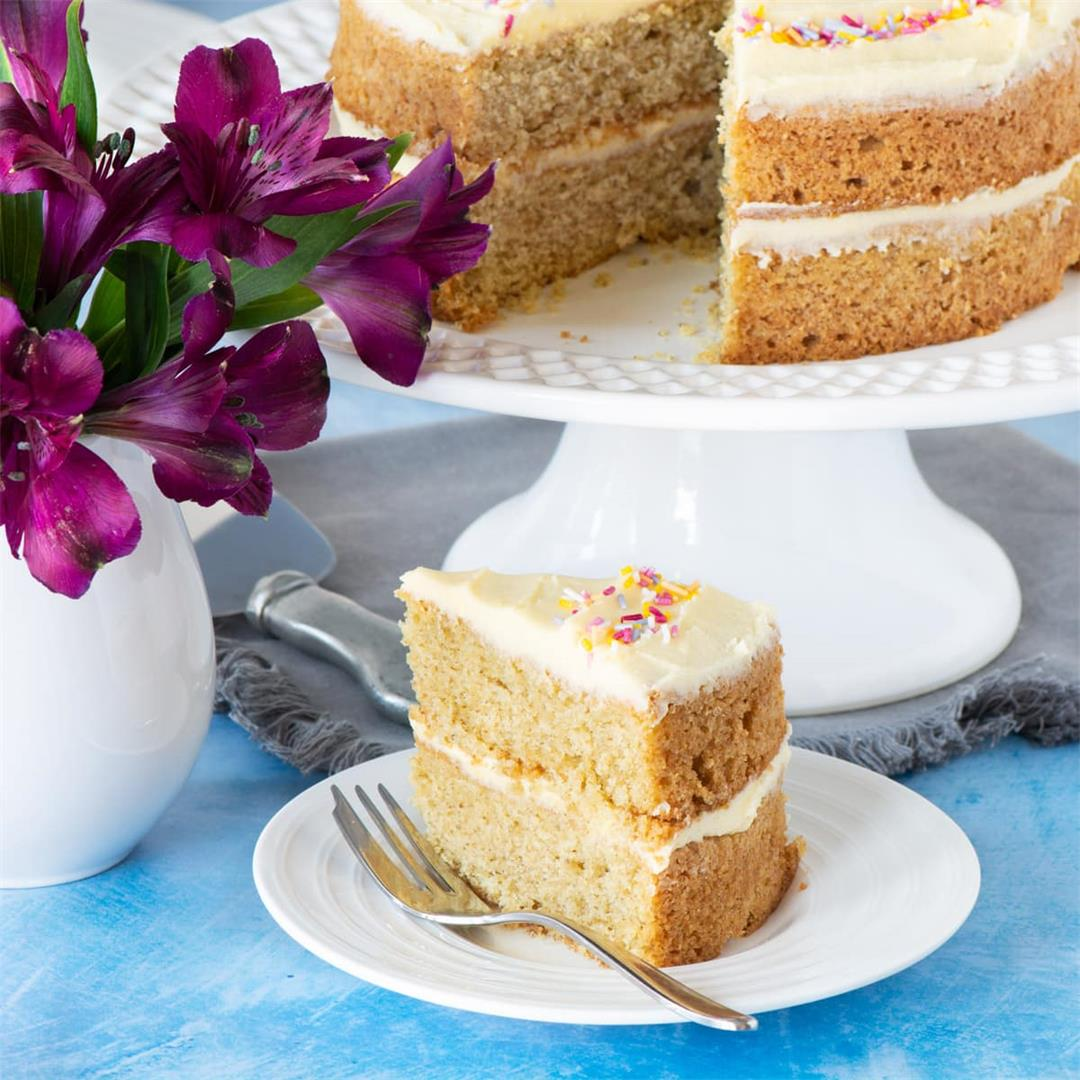 Vegan Birthday Cake (Vegan Vanilla Sponge Cake)