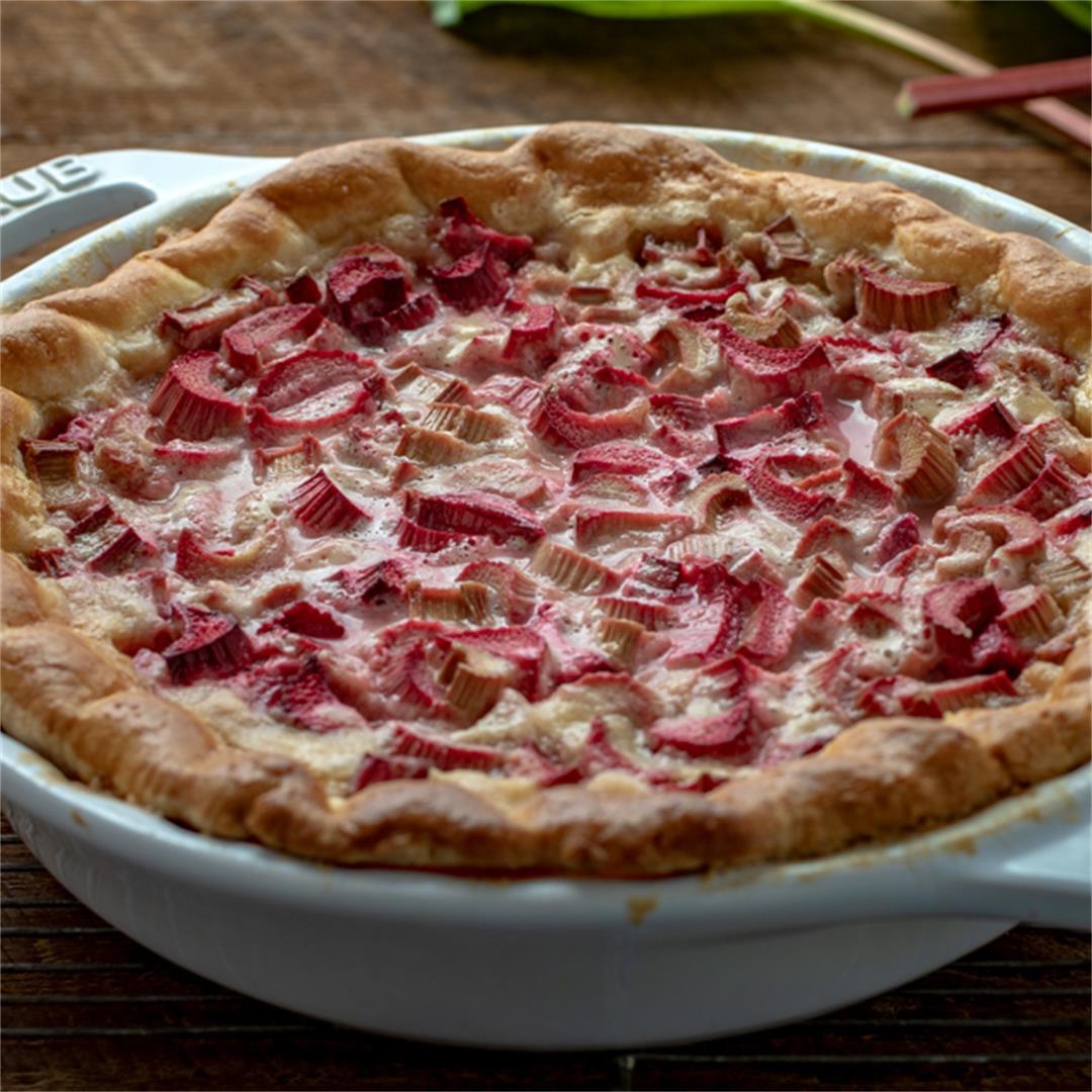 Nita's Rhubarb Pie