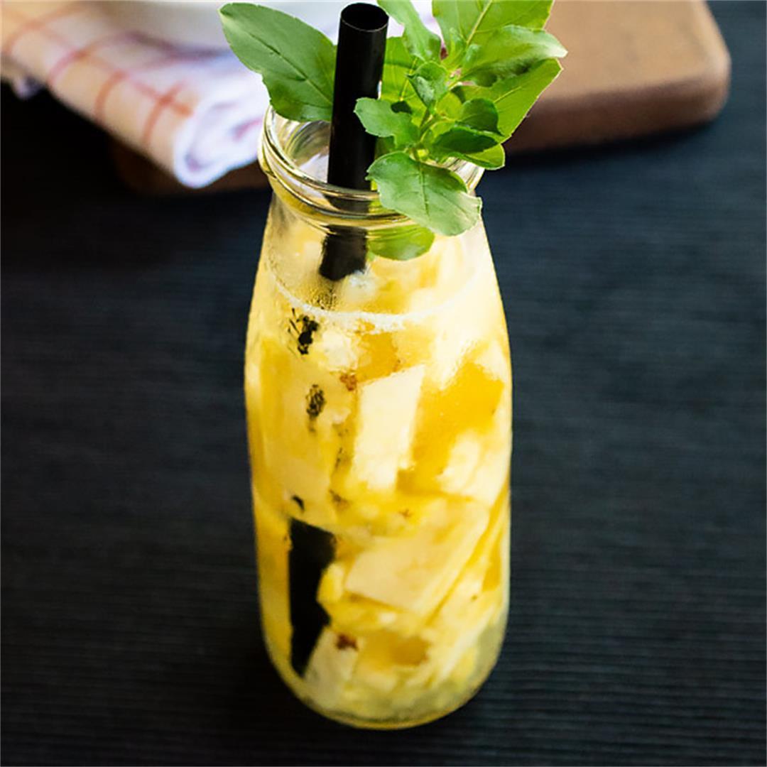 Fresh Pineapple Water