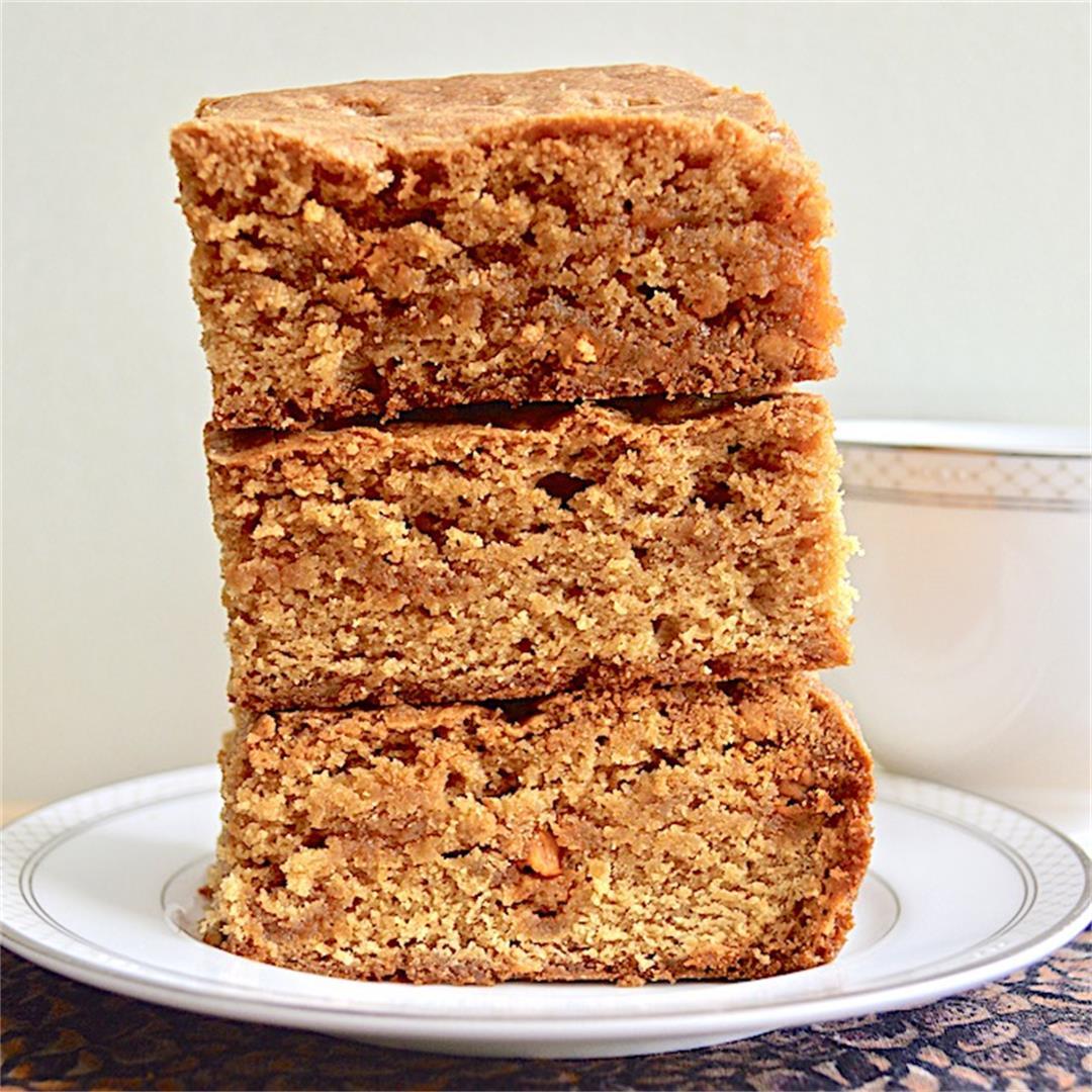 Butterscotch Pudding Blondies - Jeanie and Lulu's Kitchen