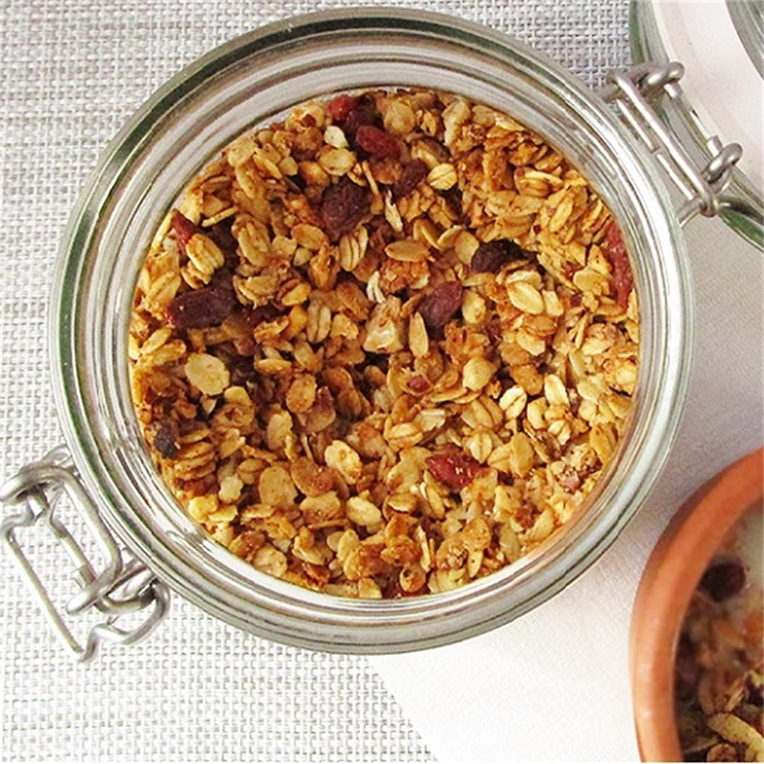 Homemade Almond Cranberry Granola Recipe