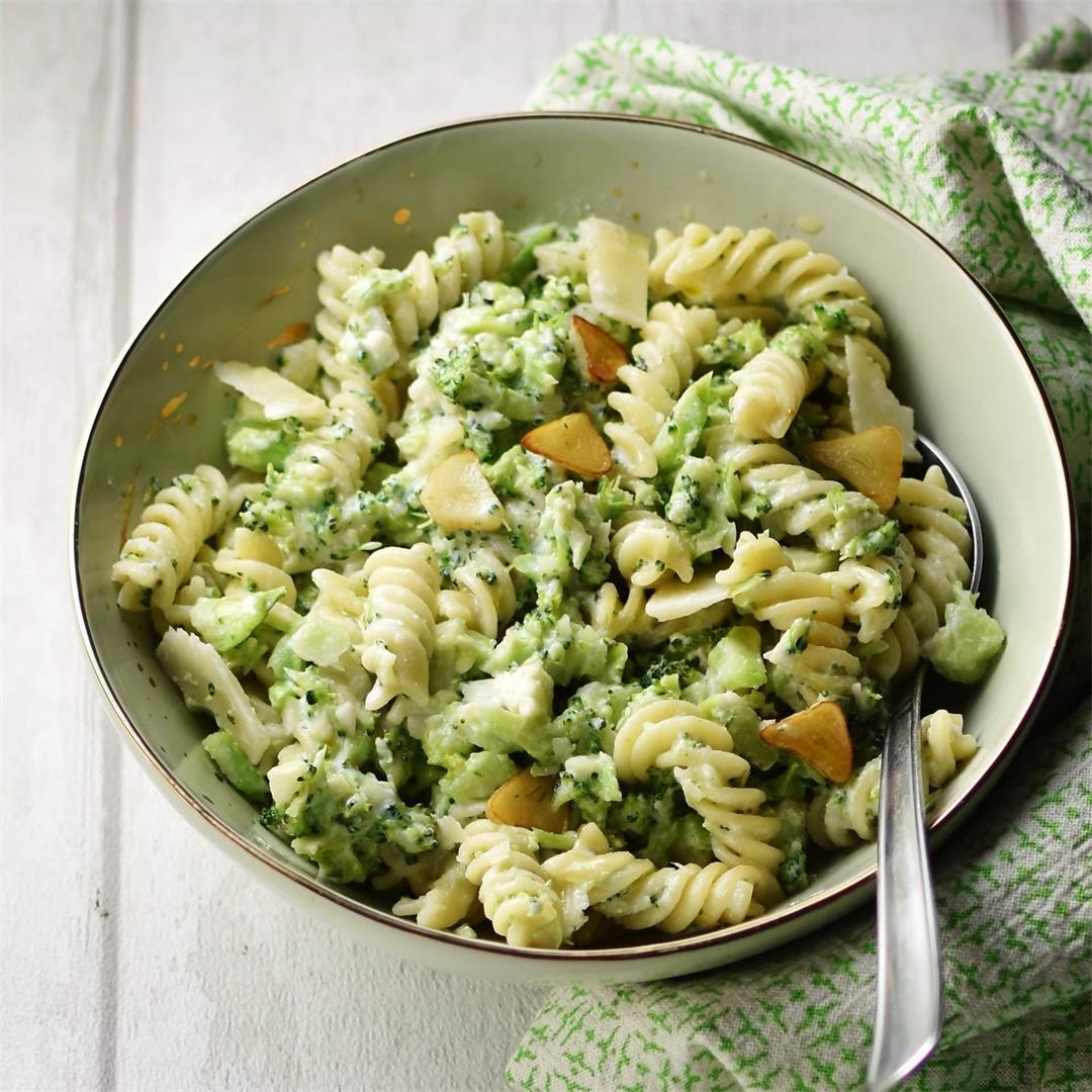Healthy Broccoli Pasta Alfredo with Ricotta