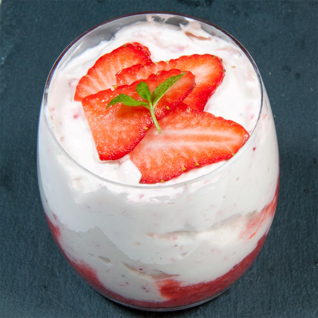 Fluffy and Creamy Strawberry Mousse