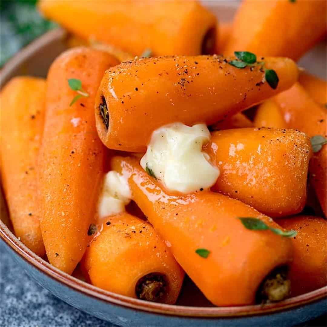 Simple butter pepper carrots