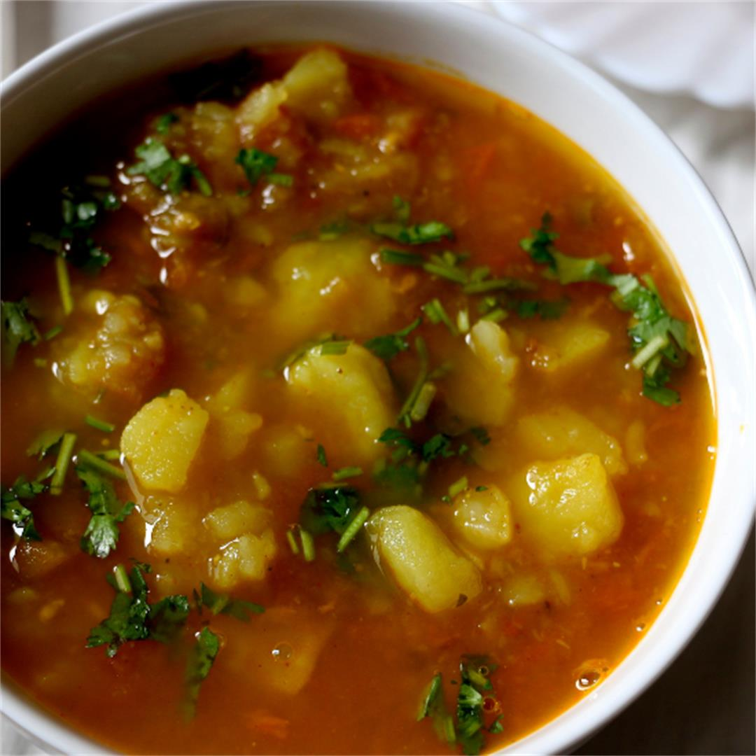 Vrat wale aloo (Indian potato curry)