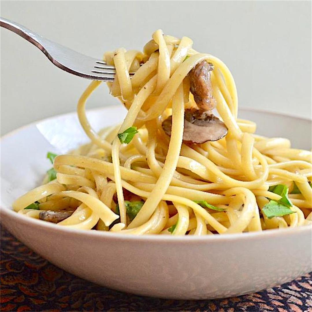 Roasted Garlic Mushroom Linguine - Jeanie and Lulu's Kitchen