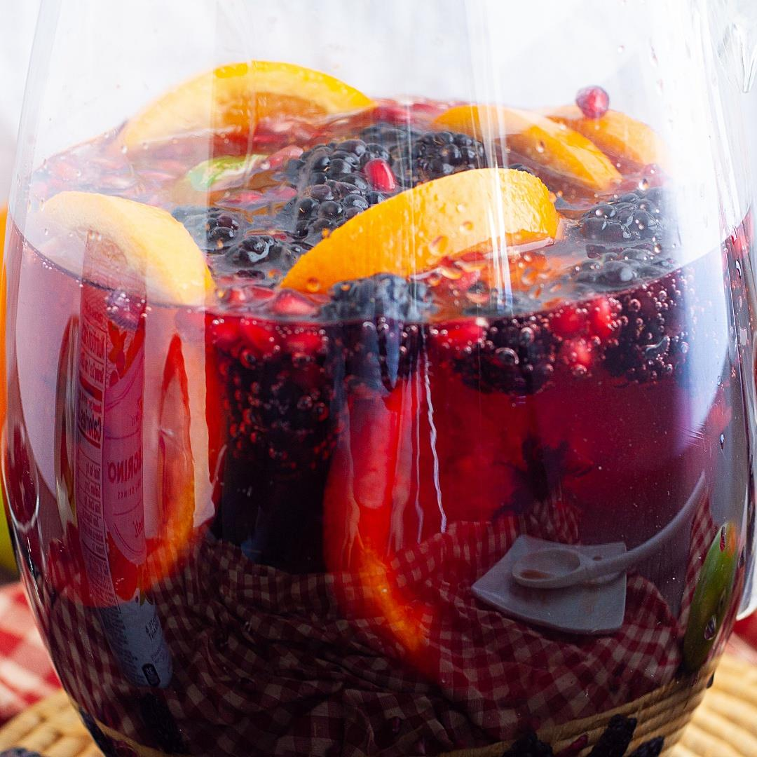 Pomegranate Sangria (alcohol-free)