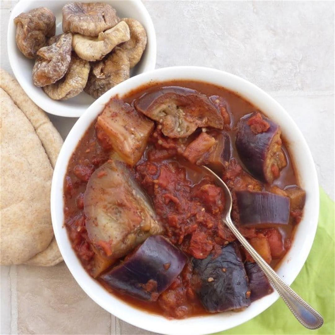 Spicy Aubergine in Tomato Sauce with Sumac -