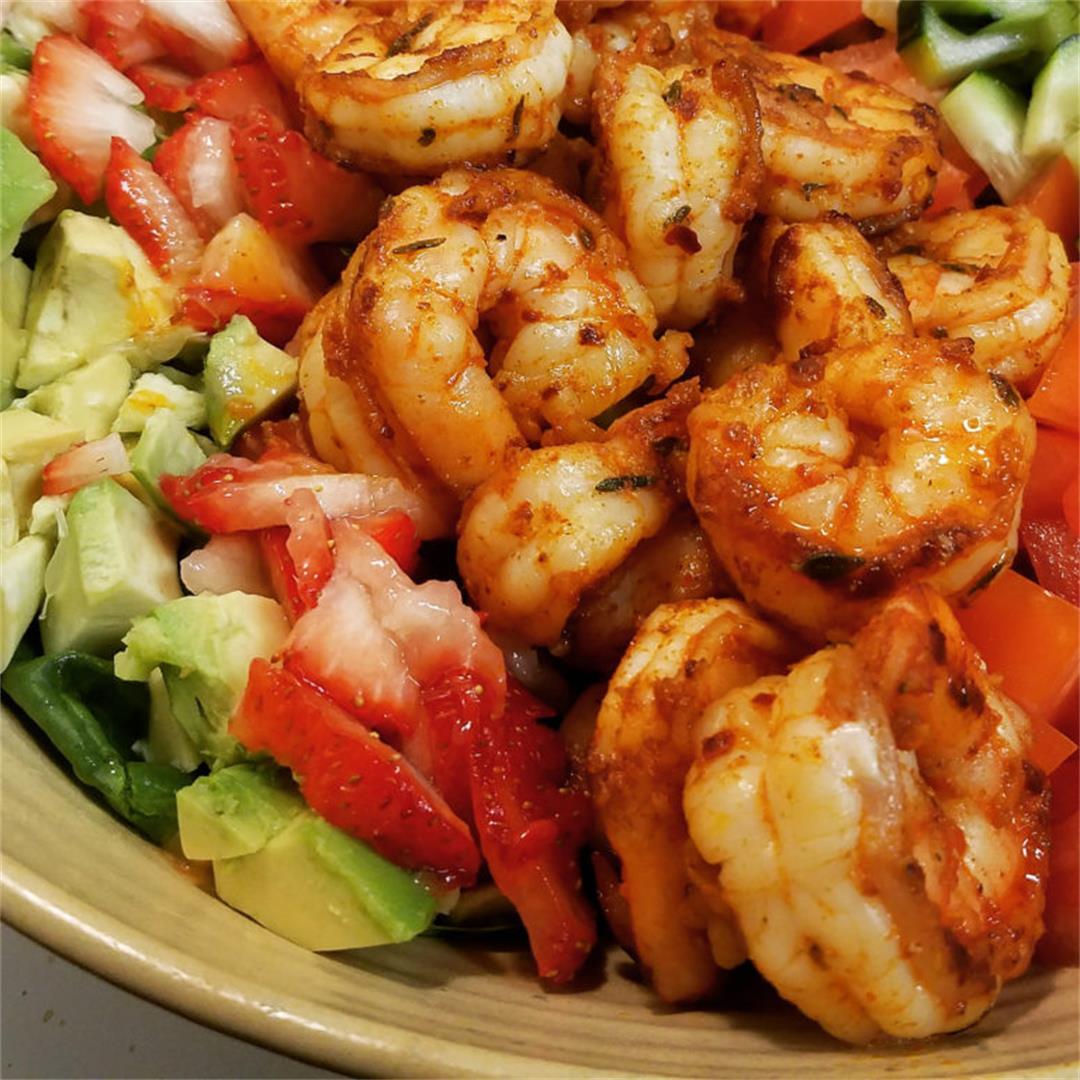 Sweet & Spicy Cajun Shrimp Salad