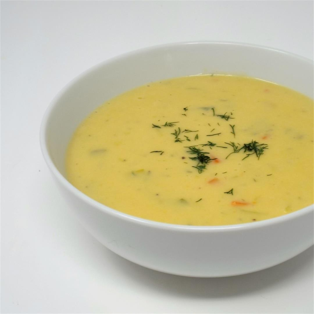 Creamy Potato and Leek Soup with Dill