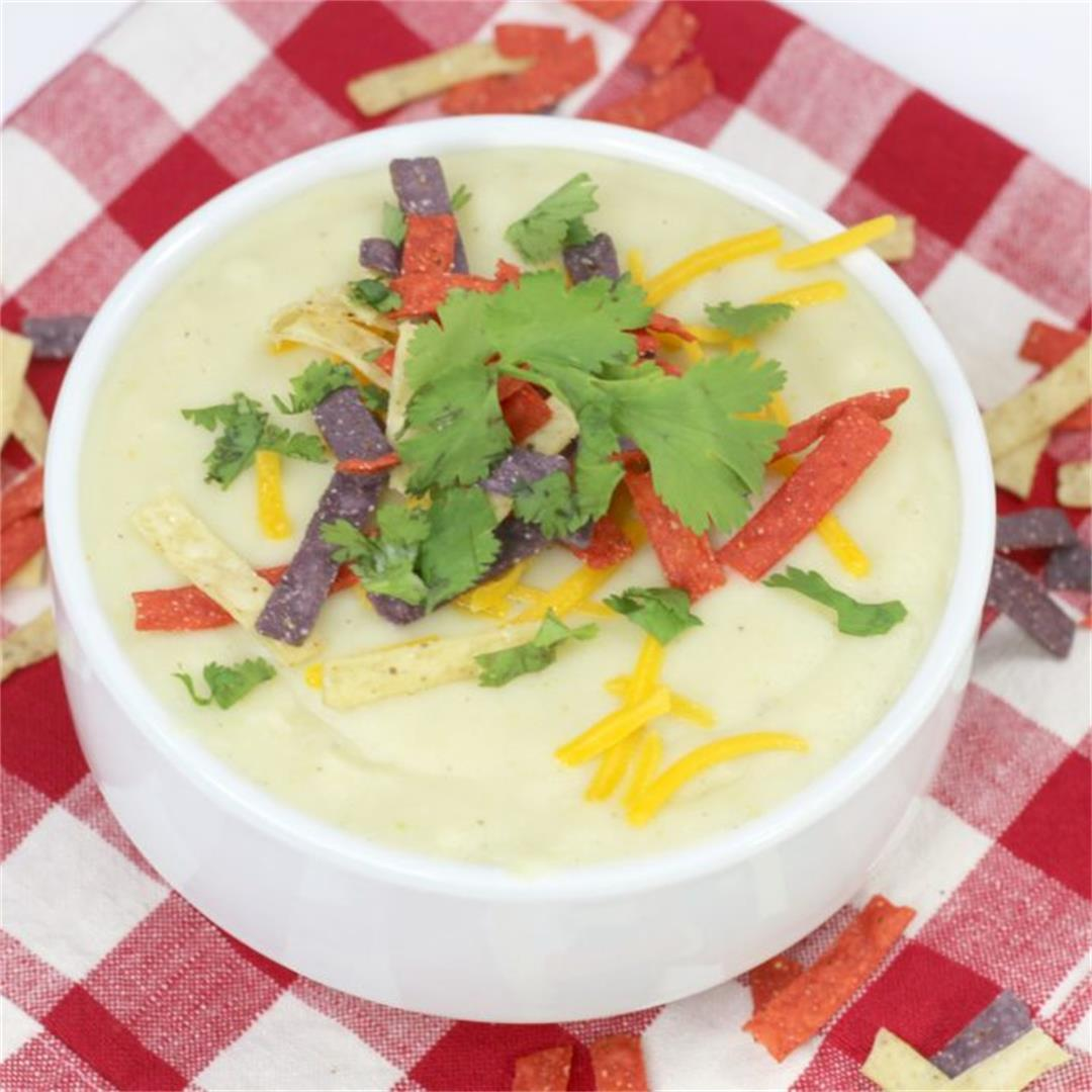 Instant Pot Cauliflower Green Chile Soup