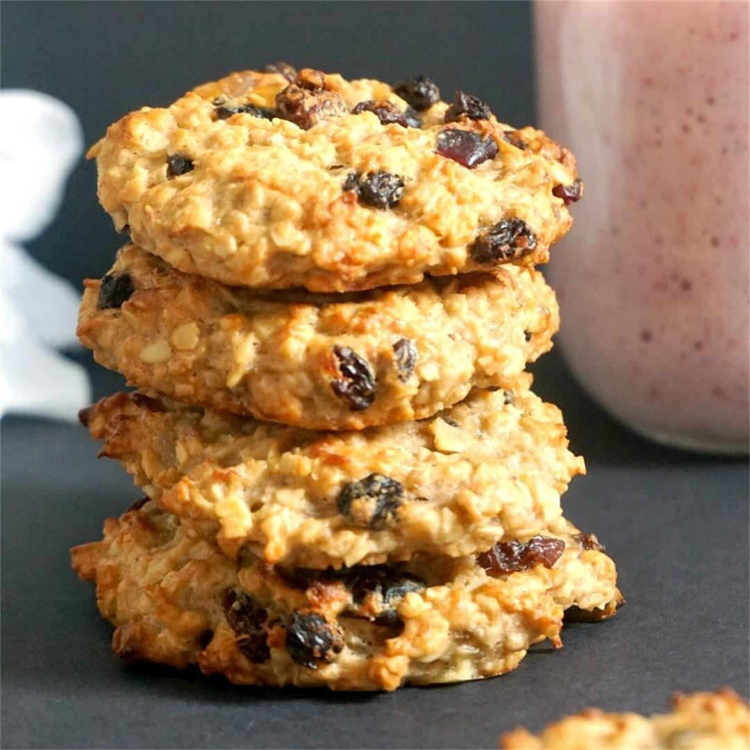 Healthy Peanut Butter Oatmeal Raisin Cookies (V, gf)
