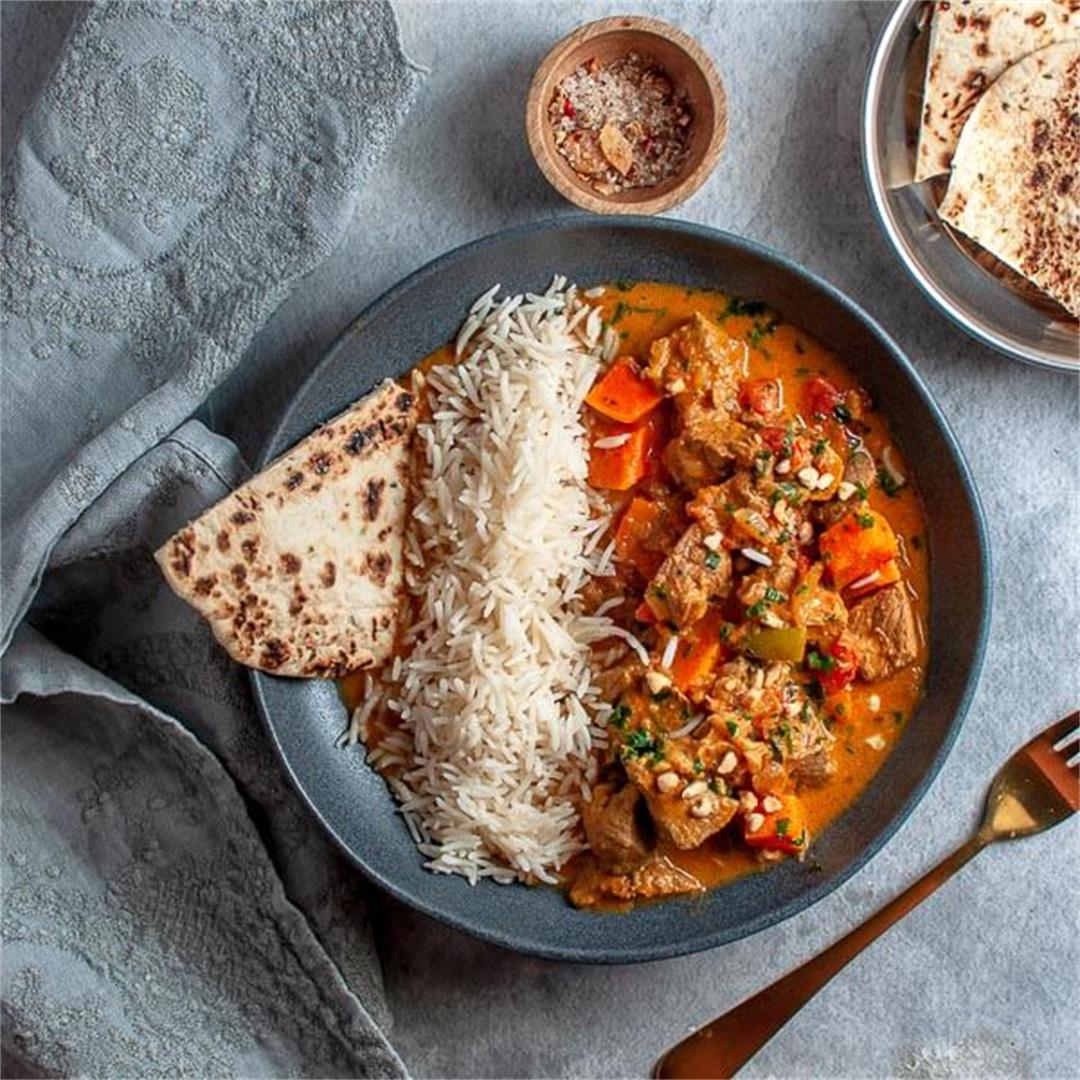 Slow Cooker Beef Korma Curry