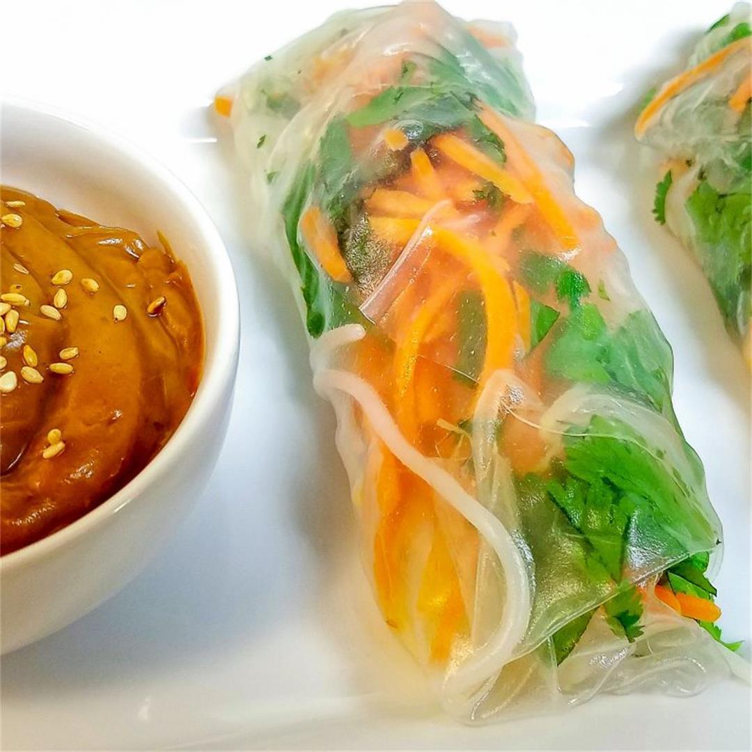 Crunchy Shrimp Spring Rolls