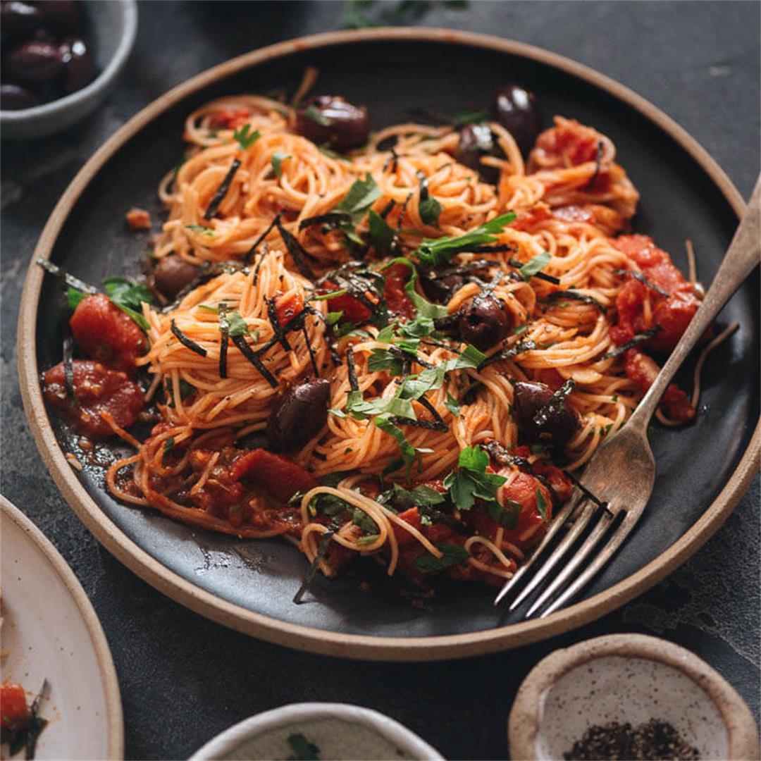 Vegan Spaghetti alla Puttanesca
