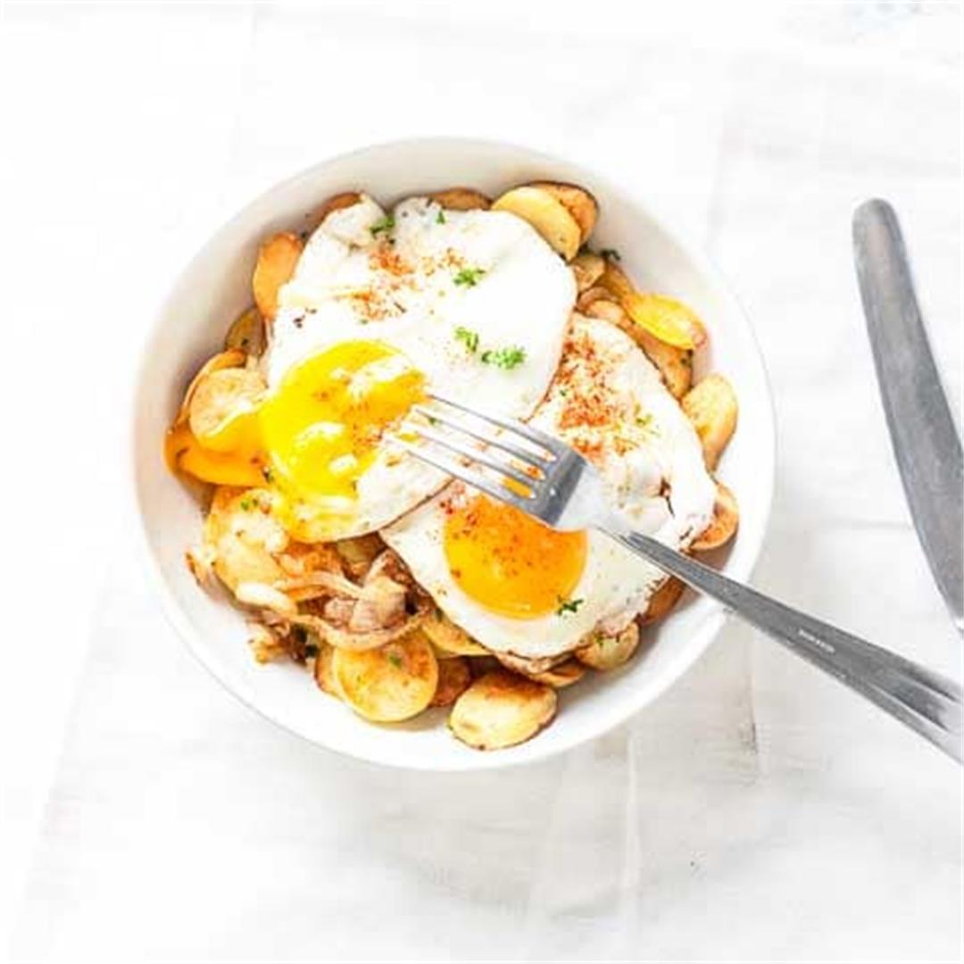 Huevos rotos broken eggs [easy tapas recipe]