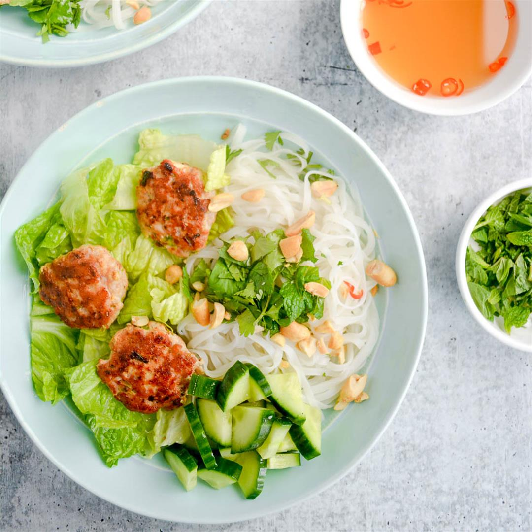 Refreshing Vietnamese Noodle Bowls — Wanderings in My Kitchen