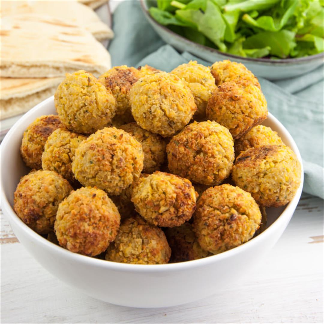 Oven-Baked Falafel Balls Recipe (Freezer-Friendly!)