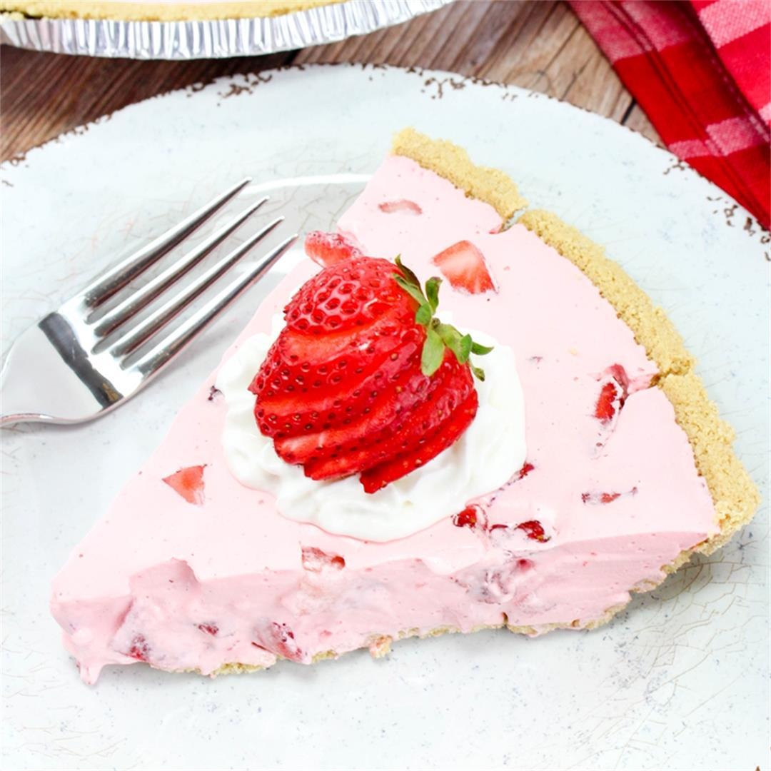 No-Bake Strawberry Jello Pie