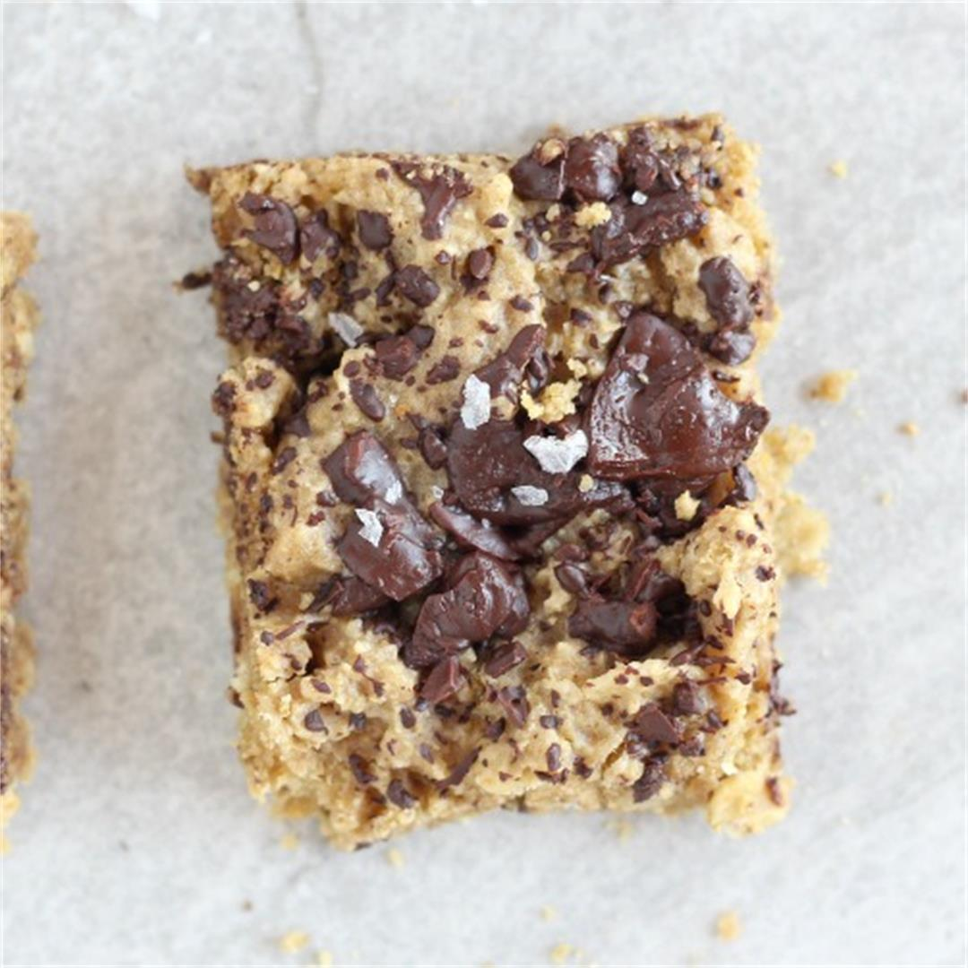 Healthier Chocolate Chip Cookie Bars with Stevia