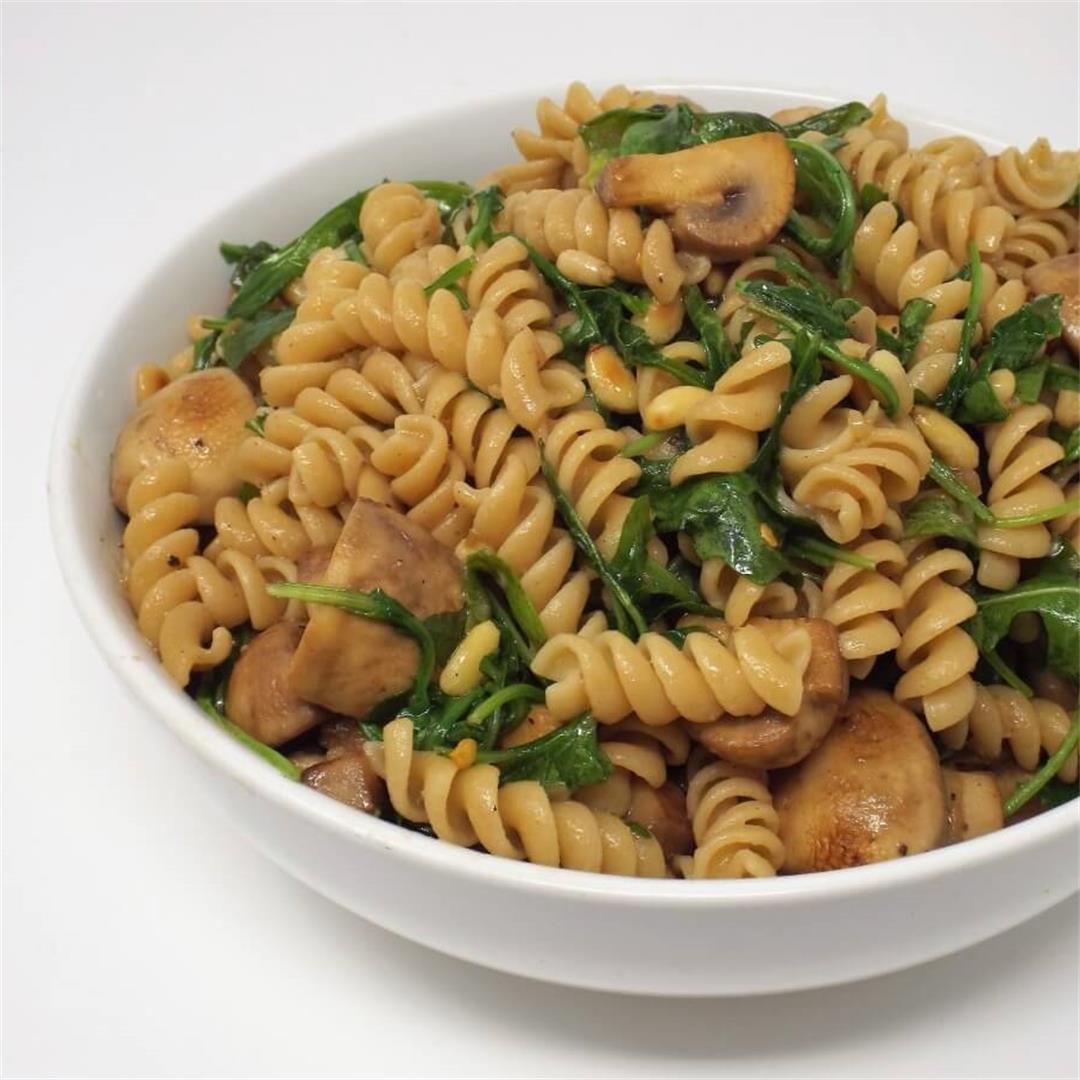 Whole Grain Rotini with Arugula and Mushrooms