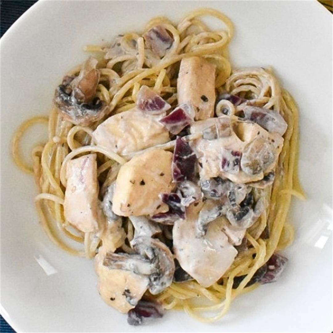 Quick and Easy Mushroom and Halloumi Spaghetti
