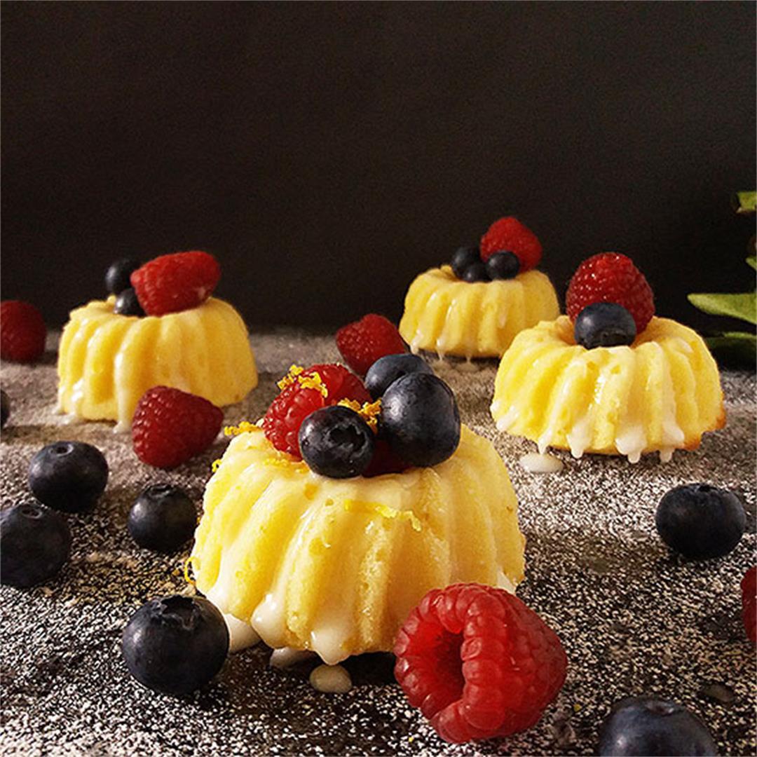 Lemon Mini Bundt Cakes from Scratch