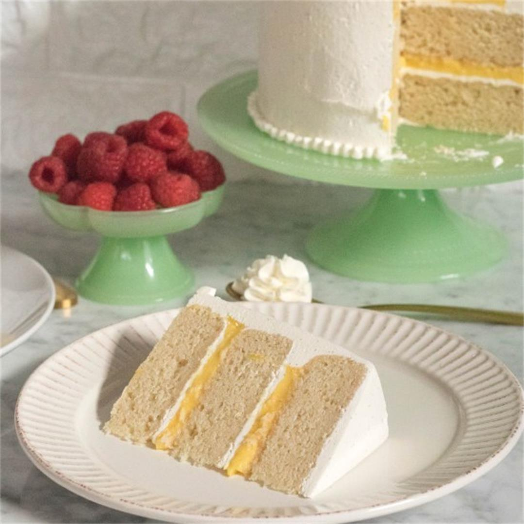 Triple layered Vanilla Cake – Lemon Curd & Italian Buttercream