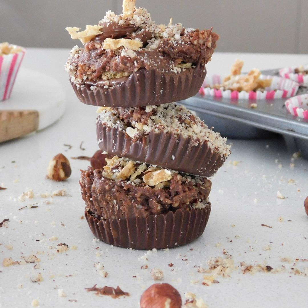 Personalise it with these Ferrero Rocher Cups