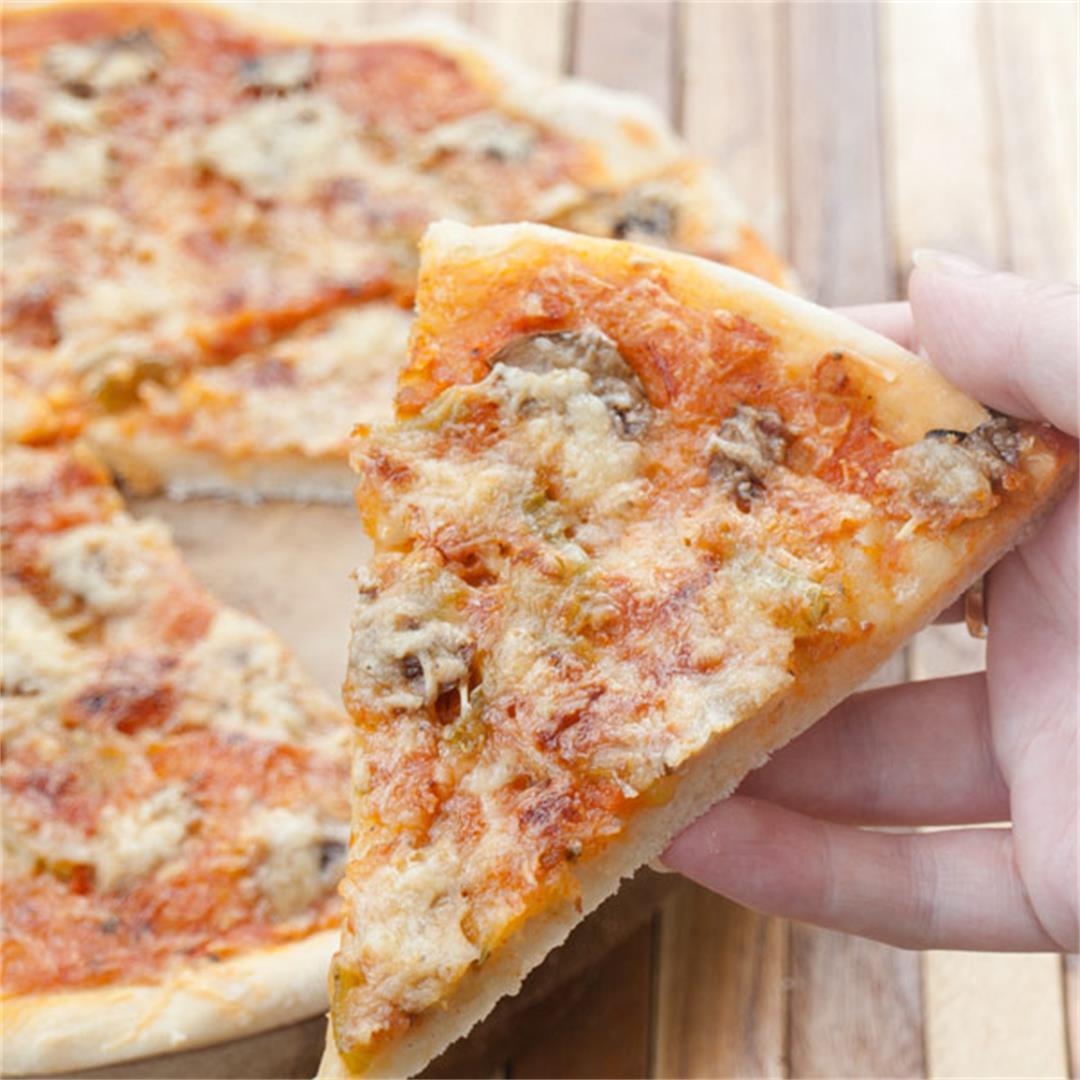 Spicy Vegetarian Mushroom Pizza